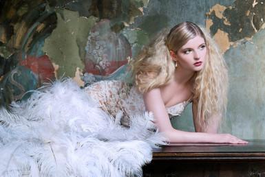 2D Fashion Photo Shoot Retouching Illustration Thumbnail